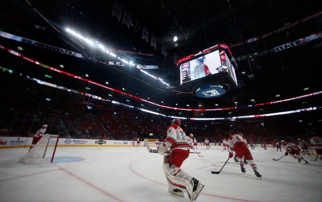 The Bell Centre, a Montreal hockey arena, is now lit by energy-efficient LED lighting-photo from The New York Times.